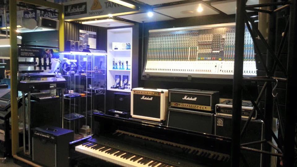 ร้าน music space 02