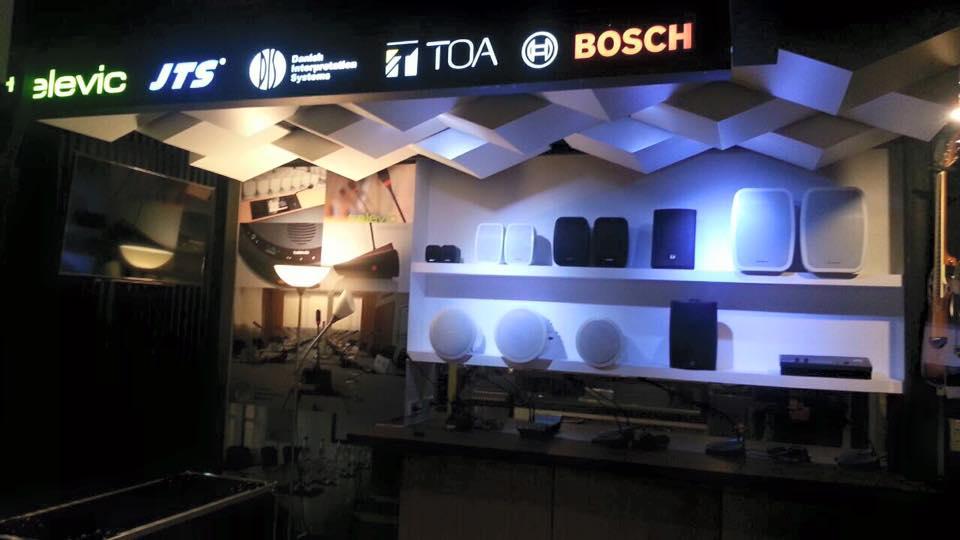 ร้าน music space 04
