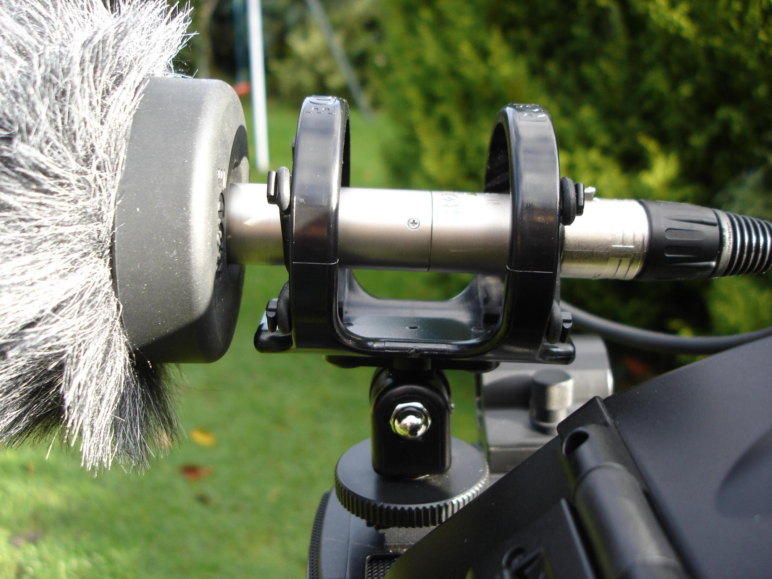 AKW EX3 with RodeWS7 Close Up (MSP)
